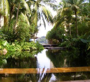 Blick von Lobby zum Strand Hotel Tanjung Rhu Resort