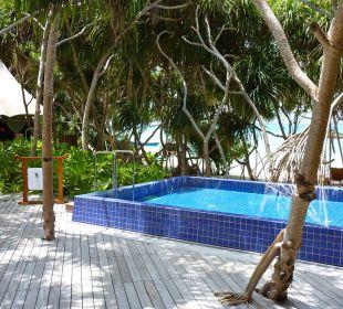 Terrasse mit Pool Hotel Banyan Tree Madivaru