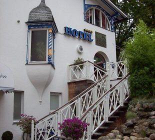 Aufgang zum Restaurant Hotel Villa Gropius