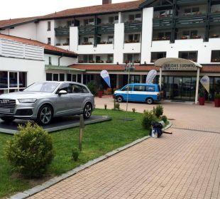 Hoteleingang Quellness Golf Resort - Das Ludwig