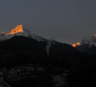 Watzmann am Morgen, Alpenglühen vom Balkon Hotel Bavaria Berchtesgaden