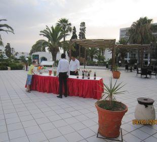 Getränkebar am sa. Royal Lido Resort & Spa