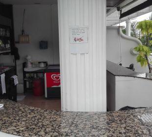 Poolbar The Old Phuket - Karon Beach Resort