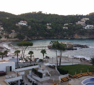 Blick über Grünfläche auf Bucht u. Insel Olimarotel Gran Camp de Mar