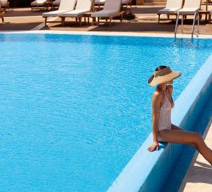 Infinity Pool Sani Beach
