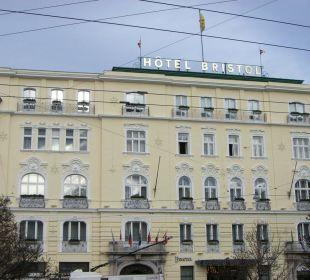 Hotelfassade Hotel Bristol Salzburg