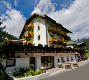 Sommer Hotel-Pension Edelweiss