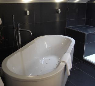 Whirlpool-Badewanne Hotel Neuer am See
