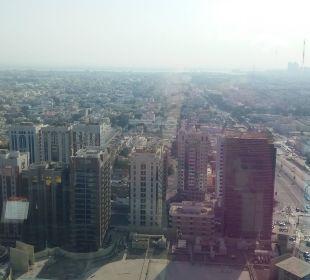 Ausblick Hotel Grand Millennium Al Wahda Abu Dhabi