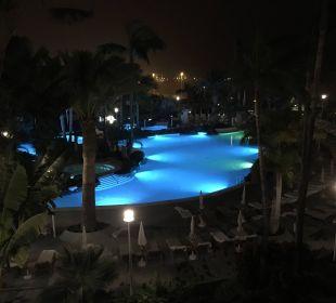 Beleuchteter Pool Adrián Hoteles Jardines de Nivaria
