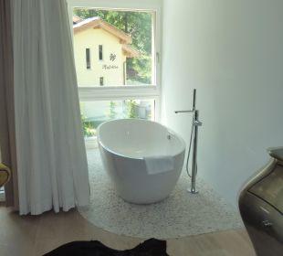 Badewanne mit Aussicht Hotel Matthiol