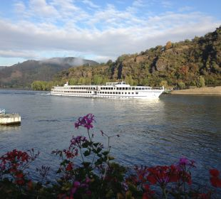 Rheinromantik, Blick vom Balkon  Hotel Rheinlust