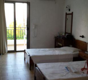 Zimmer mit Balkon Hotel Dimitra