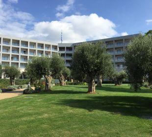 Gepflegten Gartenanlage Ikos Olivia