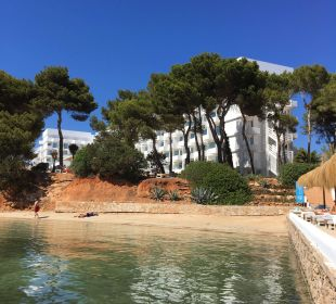 Blick vom Seasoul auf das Hotel+Strand IBEROSTAR Santa Eulalia (Im Umbau/Renovierung)
