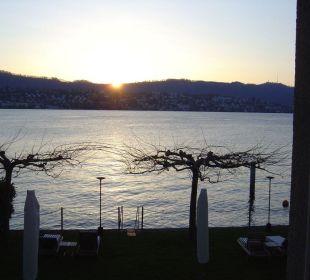 Sonneruntergang vom Zimmer aus gesehen Romantik Seehotel Sonne
