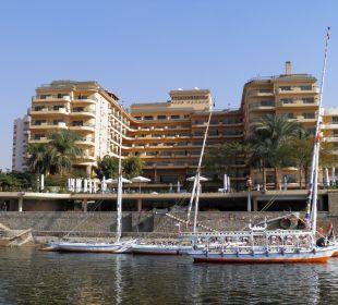 Steigenberger Hotel in Luxor vom Nil  Steigenberger Hotel Nile Palace