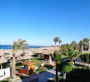 Ausblick zum Strand Sensimar Makadi Hotel