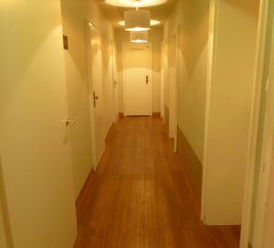 Hausflur 2. Etage Hotel Amba
