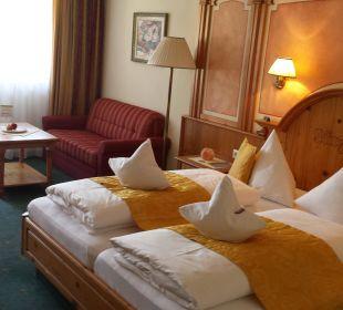 Doppelbett DZ Komfort Alpin Life Resort Lürzerhof