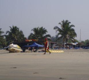 Klasse, Life Guard sind alle 100 Meter vorhanden Hotel Holiday Inn Resort Goa