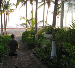 Zugang zum Strand El Agua Hotel Costa Linda