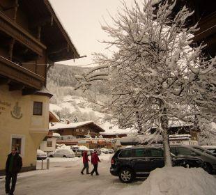 Vor dem Hotel Landhotel Kaserer