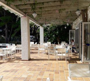 Außenbereich der Bar und zum Frühstücken  Aparthotel Diamant