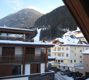 Blick vom Balkon Richtung Ort Hotel Idhof