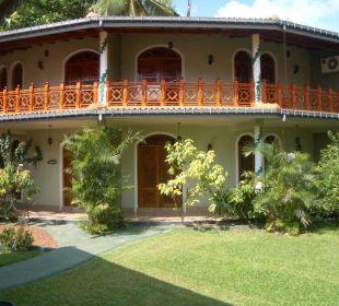 Ferienhaus im Garten Bougain Villa