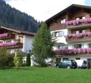 Komplettansicht Landhaus Sammer Landhaus Sammer Hotel Garni