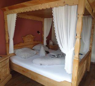 Zimmer mit Himmelbett Mair's Landgasthof