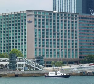 Außenansicht vom Wasser InterContinental Hotel Grand Stanford Hong Kong