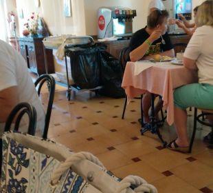 Restaurant OLA Aparthotel Cecilia