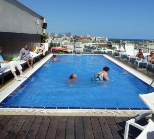 Pool Hotel H10 Marina Barcelona