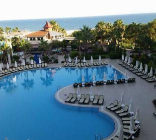 Hotelpool Side Sun Bella Resort & Spa