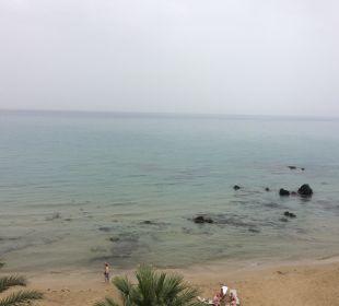 Strand vor dem Hotel Hotel Corissia Princess