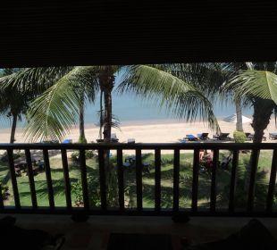 Strand direkt vor dem Balkon Baan Bophut Beach Hotel