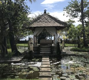 Gartenanlage Hotel Matahari Beach Resort & Spa