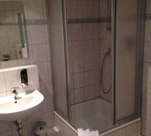 Bad mit Dusche Adolph's Gasthaus