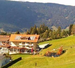 Von der Gondelbahn aus Hotel Alpen Royal