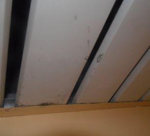 Sufit w łazience 2 Hotel Krizantem
