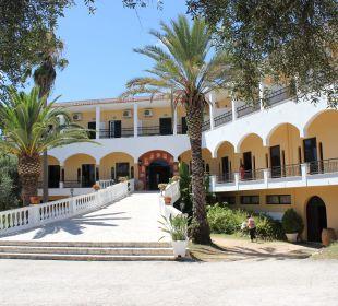 Eingang Hotel Paradise Corfu