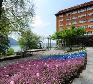 Blick zum Eingang Hotel Zentrum Ländli
