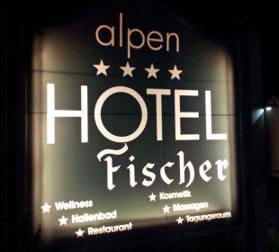Straßenschild Alpenhotel Fischer