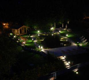 Poolblick am Abend Landgasthof Reitherwirt & Jagdhof Hubertus