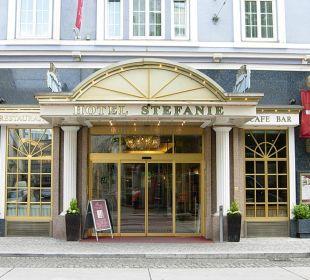 Das Hotel von außen Hotel Stefanie