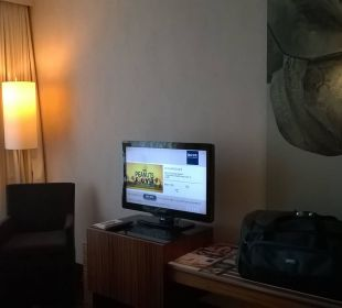 Blick vom Bett aus Dorint Hotel am Heumarkt Köln