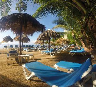 Gepflegter Strand Grand Bahia Principe Cayacoa