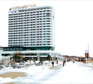 Von der Strandpromenade nach Westen Hotel Neptun